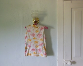 80s/90s Rose Turtleneck Tank White Yellow Pink Size Small