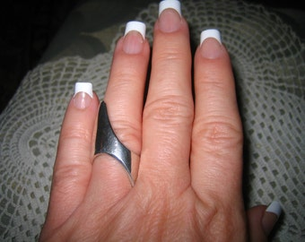 Vintage Signed Abstract Sculptured Modernist Sterling Silver Tattoo Ring