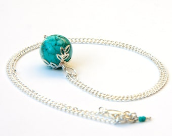 Turquoise howlite necklace, turquoise necklace, turquoise jewelry, howlite jewelry, turquoise pendant, howlite pendant, boho necklace