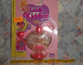 1994 Tyco Liddle Kiddle Rosie Rose Perfume Collection-In Package