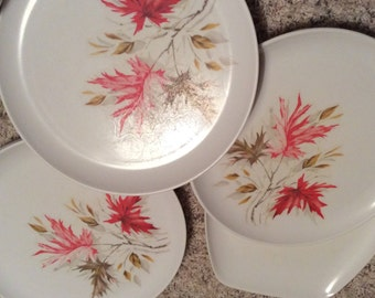 Vintage Mel Mac Table Setting for 6 Leaf Design