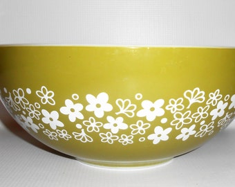 Vintage Bowl, Pyrex, Spring Blossom, Crazy Daisy, Green, White, Cinderella, Nesting Bowl, Large, Mixing Bowl, 4 Qt,  #444