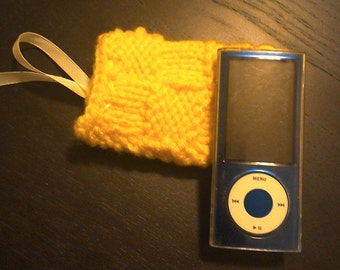 iPod Nano Cover, Hand Knit