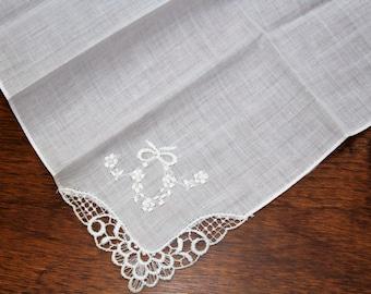 White Cotton & Embroidered Flowers Garland Corner Vintage Handkerchief - Wedding