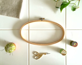 LARGE OVAL HOOP – 9 inch x 5 inch Wooden Embroidery or Cross Stitch Frame