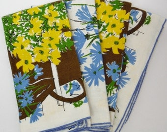 Vintage Vera Neumann cloth napkins- Set of 4