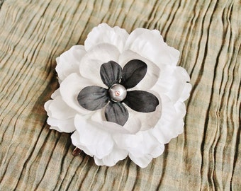 Large FLOWER HAIRCLIP