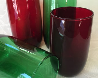 Vintage Tumblers Mixed Set Of Anchor Hocking Royal Ruby Red And Emerald Green Glassware