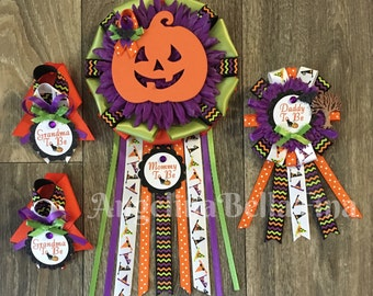 NEW Halloween Themed Mommy, Daddy & Grandma To Be Corsage Set