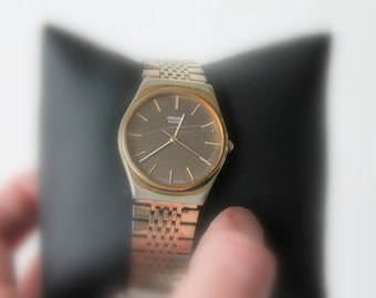 very old watch- needs to be fixed