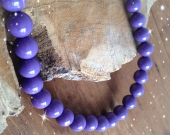Purple beaded necklace- 70s fashion