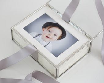 FREE SHIPPING - BUNDLE - Glass Folio Box with 20 slip-in mats  / Display box/ Wedding Keepsake Box / Memory Box