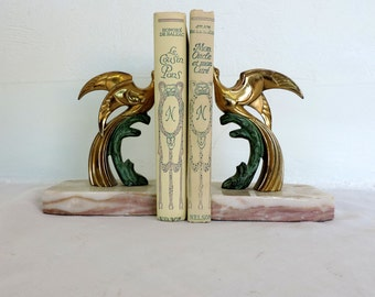 A 2 volume book bundle of vintage French novels published by Nelson, book bundle