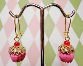 DELUXE & DAINTY CUPCAKE earrings