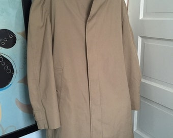 London Fog Trench Coat with Full Zippered Lining - Maincoats Line - Size 42R - Awesome Condition