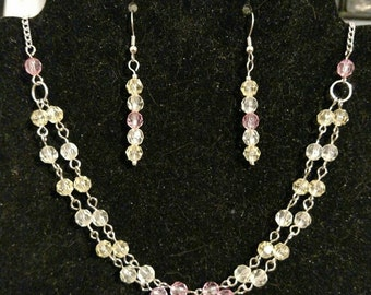 Beaded necklace and earring set.