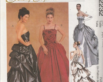 McCall's 2232 Size 4-6-8 Evening Elegance Misses' Lined Gown Sewing Pattern 1999 Uncut