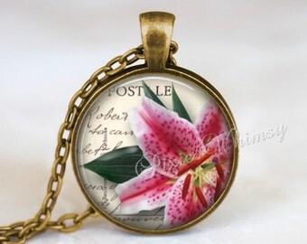 STARGAZER LILY Necklace, Lily Pendant, Lily Flower Keychain, Lily Necklace, Pink Lily Pendant, Lily Necklace, Pink Stargazer Lily Jewelry