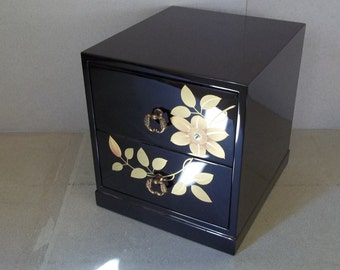 Vintage Large Asian Lacquered Jewelry Box - Large Asian Jewelry Chest - Asian Jewelry Box