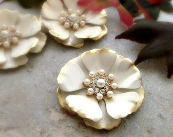 Gold and Ivory Enamel Flower Brooch Medium Cream Gold Metal Flower Ivory Flower Pin Ivory Brooch Gold Enamel Broach Rhinestone Flower Pearl