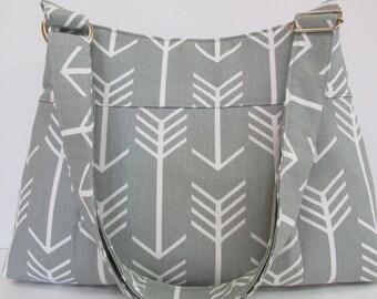 Grey Arrows Pleated Purse W/Adjustable Strap, Tote, Shoulder Bag, Crossbody,  Messenger Bag, School Bag
