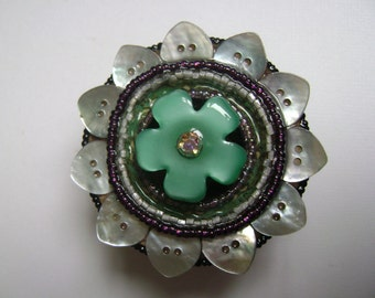 round assemblage button box, teal flower