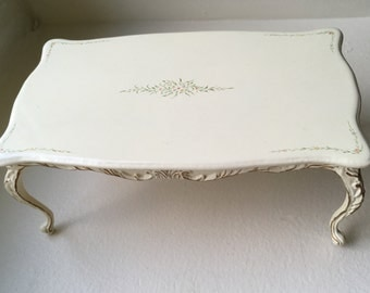 Dollhouse Miniature Bespaq Ivory Dining Room Table  (SM)