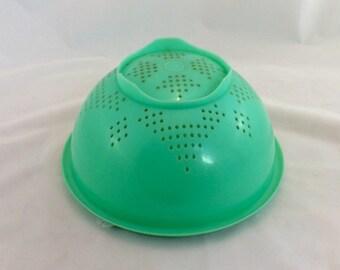 Vintage Green Tupperware Colander, Jadeite Tupperware Colander