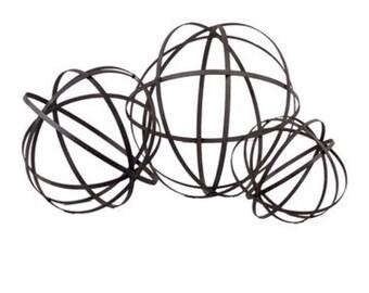 Garden metal orb