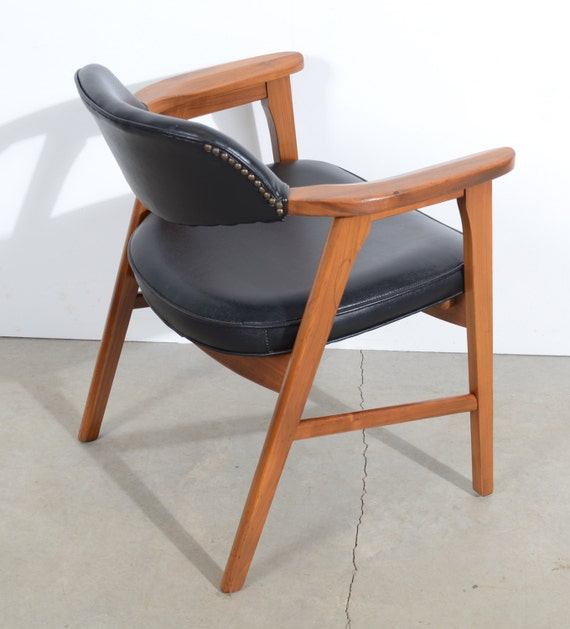 Arm Chair Walnut Mid Century Modern 60s Gunlocke Chair Co