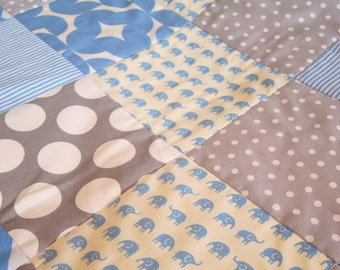 Baby blue elephant cot quilt