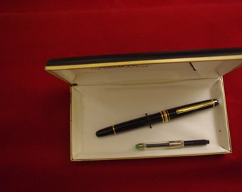 Vintage Mont Blanc Meisterstuck No 144 or 145 Fountain Pen 14k Gold NIB 4810