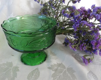 Brody Company Cleveland  Ohio green clear glass pedestal bowl compote tulips leaves 1960s - beautiful pattern -  perfect condition