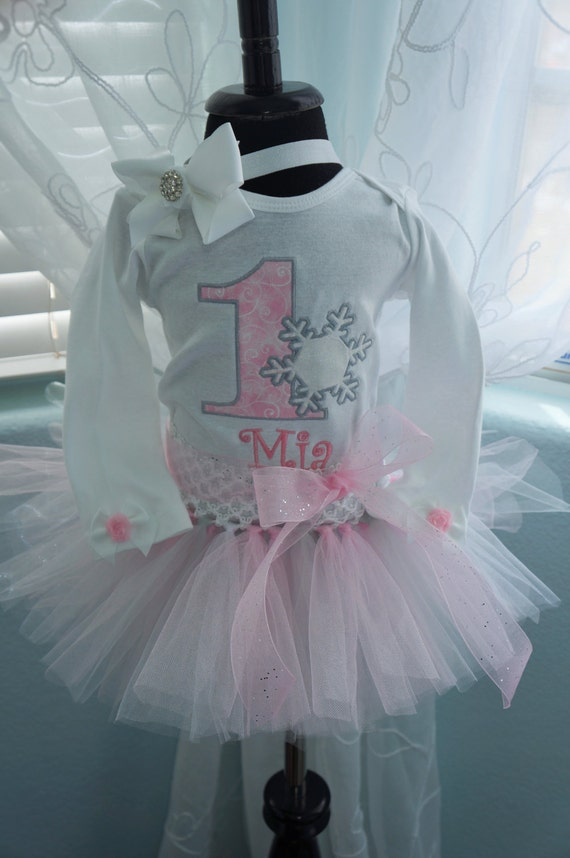 First Birthday body suit, tutu, Snowflake,  Winter Wonderland, pink and silver,  matching headband,  cake smash out fit, photo prop, Frozen.