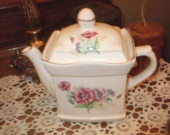SALE :Vintage Tea pot, china Teapot