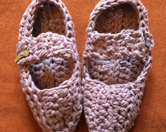 100% USA Grown Cotton Lavender Mary Janes for a six year old with mother of pearl bird button closures