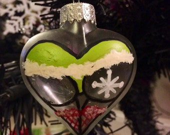 Green with red stockings heart booty ornament