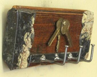 Shabby Chic Wall Key Holder with Three Upcycled Vintage Keys - Key Rack, Key Storage