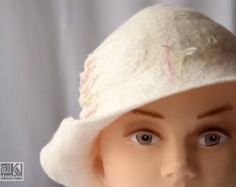 White cloche hat, Handmade felt hat, Winter wedding hat, White flapper hat, Wool and silk hat, White romantic hat, Special occasion hat