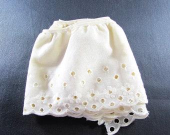 Light Cream Eyelet Lace Wide Ruffle Trim Vintage Supply