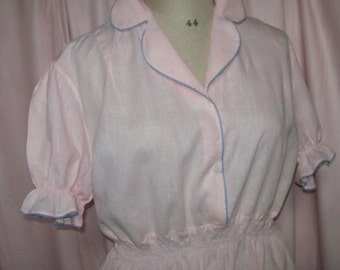 lovely Nightgown vintage, in fine cotton pink