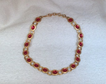 Monet Necklace with Pink Stones