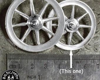 Taranis Wheel/ Arianrhod  / Rouelle / Rad-Anhänger (medium)