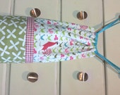 Grocery Bag Dispenser, Fully-Lined Drawstring Storage Bag - Roosters, Green and REd Kitsch Farmdale Crossing & Reunion Fabric
