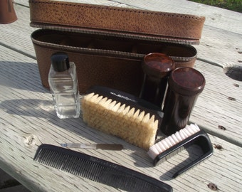 ON SALE:  Vintage GROOMING Travel Kit,Travel,Grooming,Shaving, Kit,Preppy Gift,Back to School,Dorm Essentials,Luggage,Mens Accessories