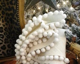 Creamy  White Burlap  Christmas Tree Skirt  Large Burlap Farmhouse Christmas Tree Skirt Upholstery Burlap Cottage Style,Pom Pom Trim
