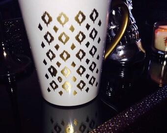 GOLD design coffee mug.