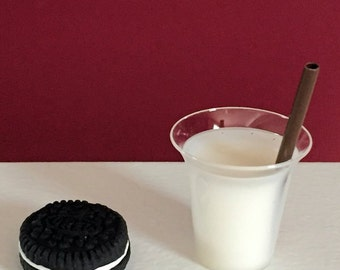 American Girl Doll food, 18 inch doll food, oreo cookie and milk