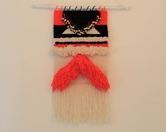 WALL HANGING : black, offwhite and neon pink with gold yarn and wood beads 25x45cm