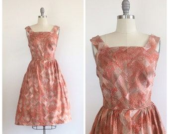 50s Red and Brown Abstract Print Day Dress / 1950s Vintage Fit and Flare Bombshell Rocakbilly Sun Dress / Medium / Size 6 / 8